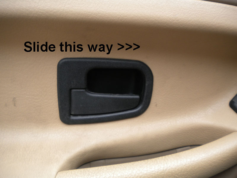 Slide this handle panel to the right, and it snaps off