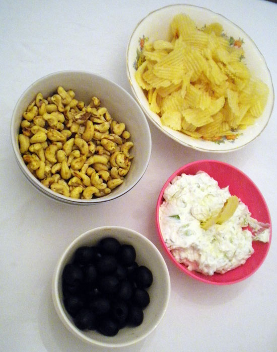 Thankgiving Appetizers: Spiced nuts, blue cheese dip, olives