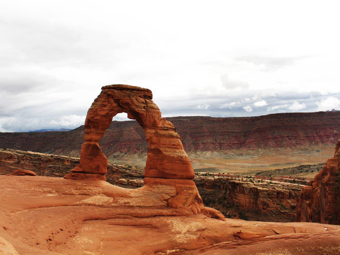Delicate Arch, Arches National Park, Moab, UT.