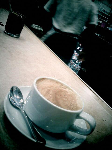 Cafe latte at Cafe Midi, Los Angeles, CA