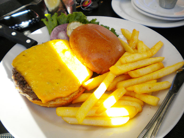 Cheeseburger at The Ritz