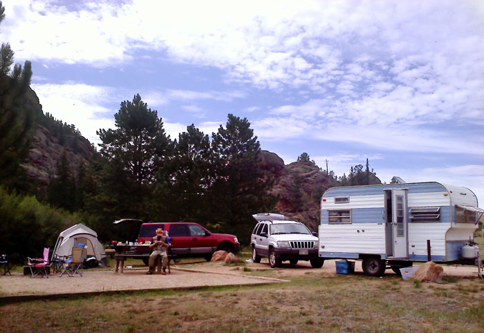 I think this was a tent site but since our trailer is so small and no one else was there, we used it anyway.