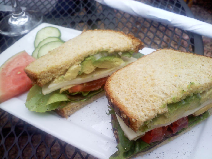 A tasty veggie sandwich from Cucuru
