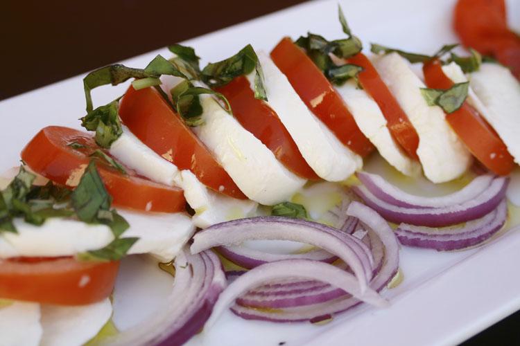 Caprese salad, my fave!