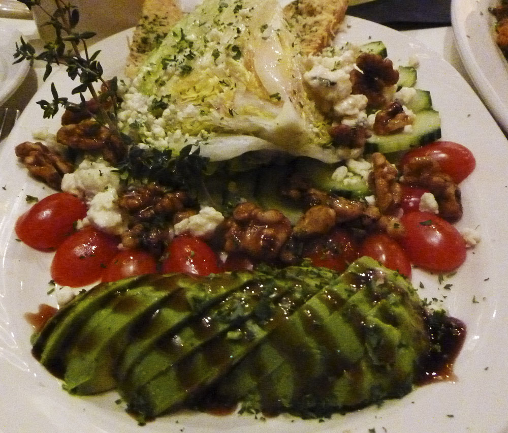 When we went for dinner I had this awesome salad.