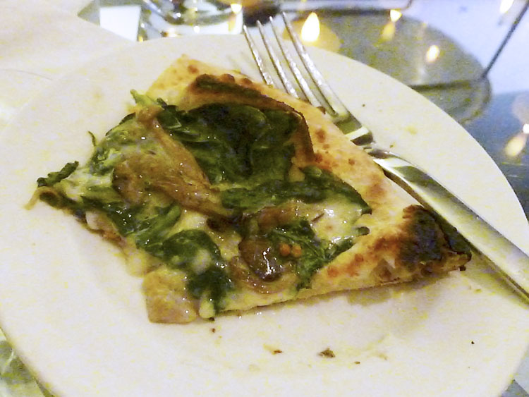 Mushroom spinach pizza from Felini, Chicago