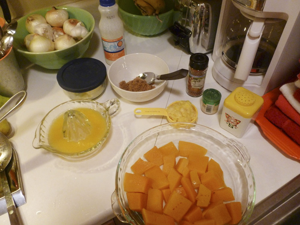 All the stuff needed to make delicious mashed squash.