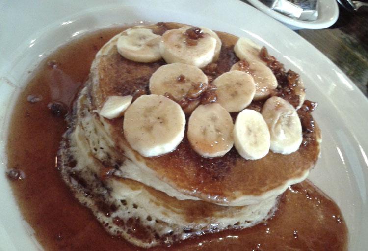 banana pancakes. mi corazon, glendale, ca