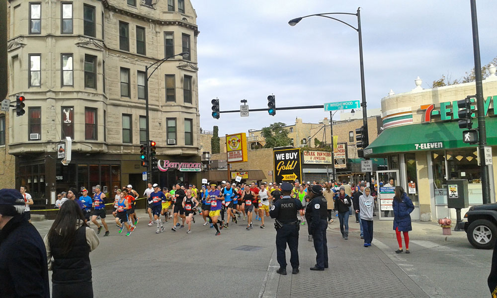 Runners on Clark St in Lincoln Park, Chicago Marathon 2012