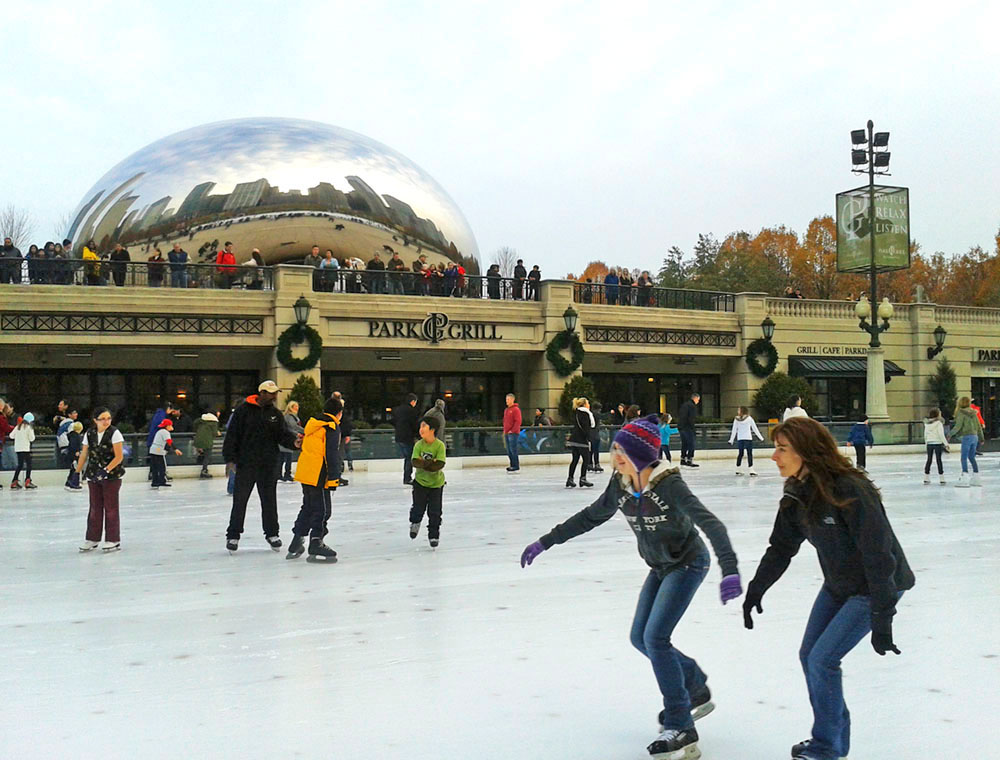 ice skating in millennium park, chicago